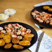 Cytrynowe krewetki i pieczone ziemniaki z aioli